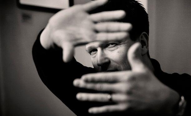 Klaus Härö on ohjannut esimerkiksi elokuvat Äideistä parhain ja Postia pappi Jaakobille.