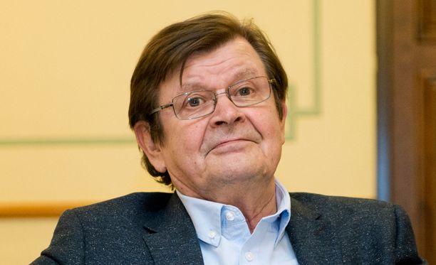 Heikki Kinnunen nähdään kirjailija Abel Znorkon roolissa.