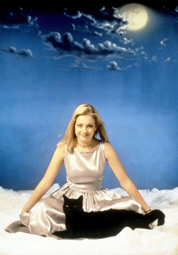 Muistatko vielä Sabrina, teininoita -sarjan ja sen päätähden Melissa Joan Hartin?