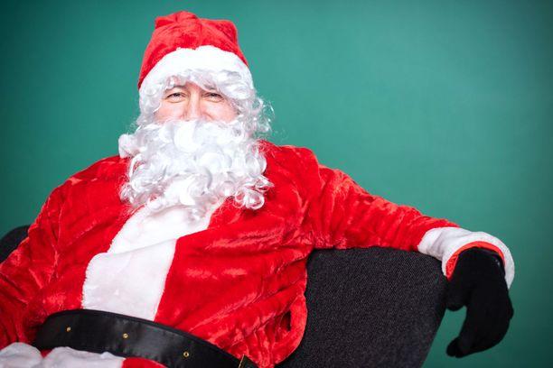 Joulupukkina Esko Eerikäinen. Eerikäinen viettää joulua Los Angelesissa.