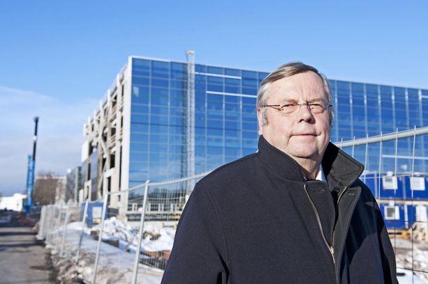 Heikki Kyöstilä ihmetteli, miksei hammashoitotuotteita valmistettu Suomessa. Siitä alkoi menestystarina.