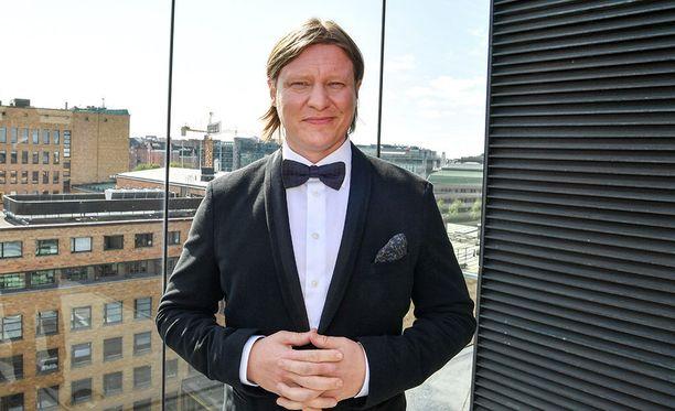 Jaajo Linnonmaa on tunnettu suomalainen juontaja ja näyttelijä.