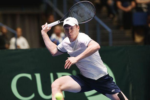 Harri Heliövaara eteni nelinpelin välieriin. Kuva vuodelta 2019 Davis Cupista.