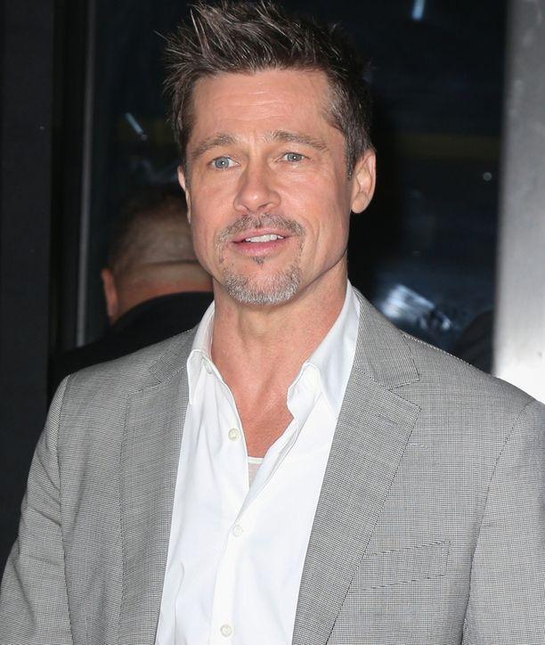 Angelina Jolien ja Brad Pittin suurimmat erimielisyydetä avioerossa ovat koskeneet lasten tapaamisia.