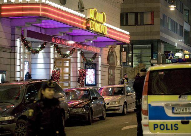 Aseistautunyt mies ampui vartijaa ja kahta naista Tukholmassa Casino Cosmopolissa vuonna 2008.