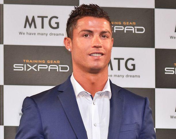 Christiano Ronaldon kerrotaan olevan läheisissä väleissä myös Chloen perheen kanssa.
