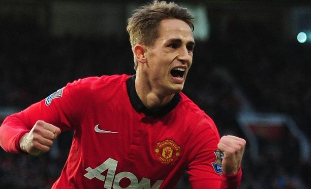 18-vuotias Adnan Januzaj teki Manchester Unitedin 2-0-maalin.