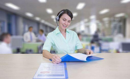 Puhelinmyyjille on työpaikkoja tarjolla eri puolilla Suomea.