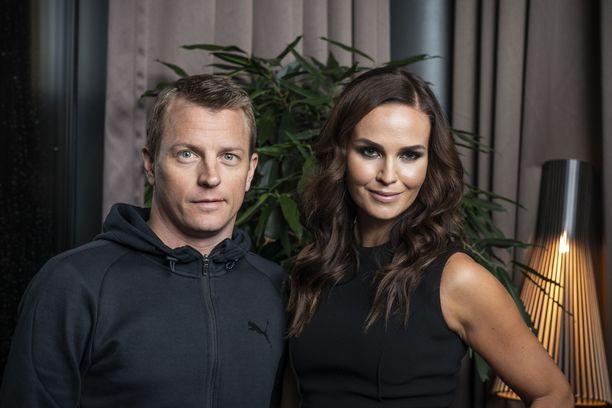 Kimi ja Minttu Räikkönen ovat pitäneet yhtä pian kuusi vuotta.
