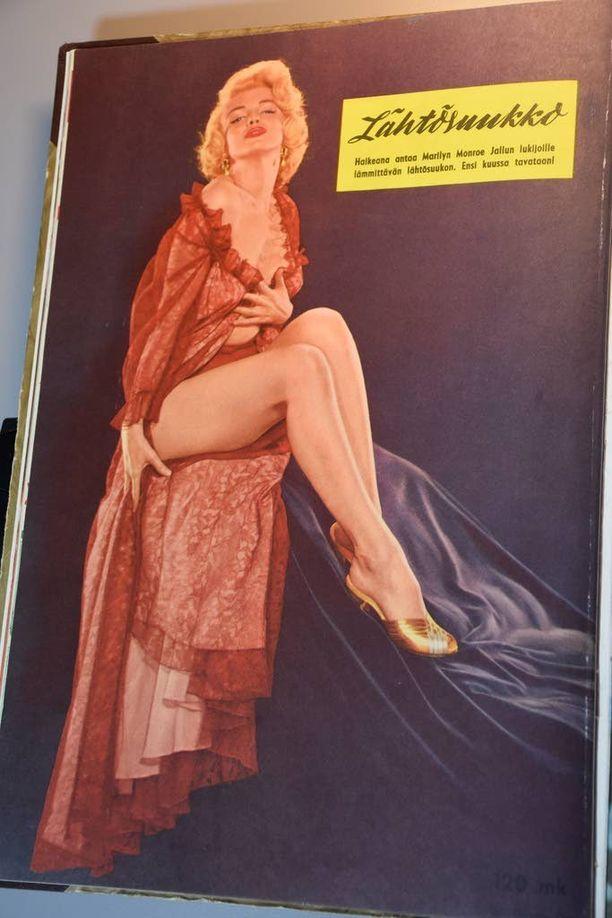 Myös 1950-luvun seksisymboli Marilyn Monroe lähetti lentosuukon vuoden 1959 takasivulla.