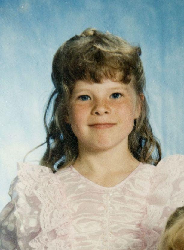 Tältä Krista näytti 8-vuotiaana. Hän on tyttönimeltään Lähteenmäki.