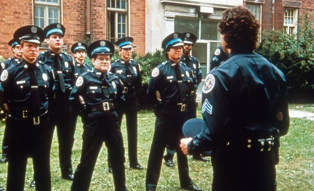 Poliisiopisto oli huiman suosittu elokuva.