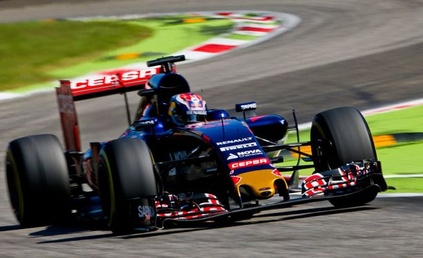 Max Verstappenin auto koki kovia.