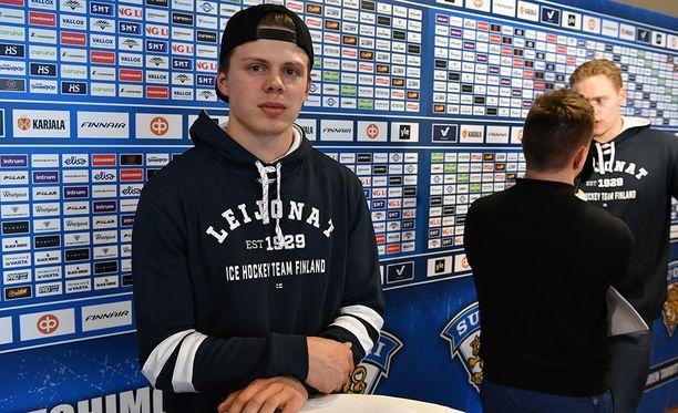 Kasperi Kapasen ja koko ykkösketjun peli kehittyy ottelu ottelulta.