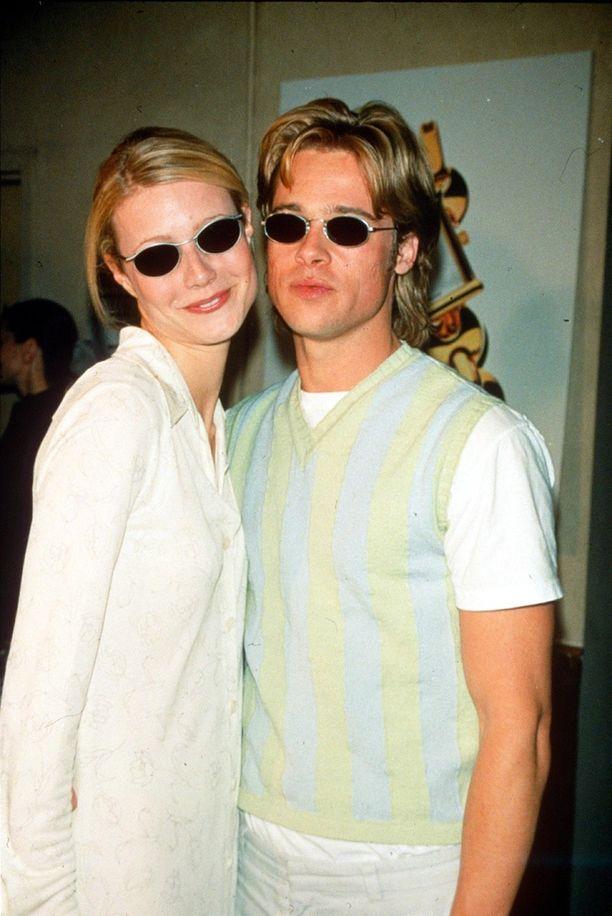 """Brad Pitt ja Gwyneth Paltrow olivat """"aurinkolasi-kaksoset"""" punaisella matolla."""