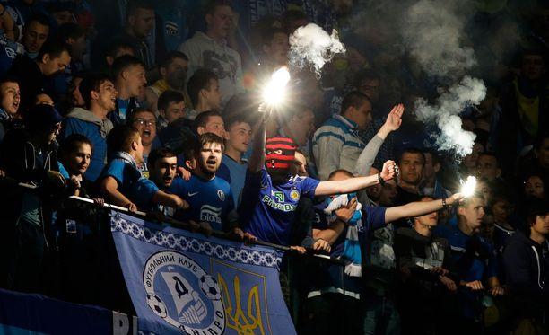 Dnipro-fanit pääsivät avausjaksolla juhlimaan kahta maalia.