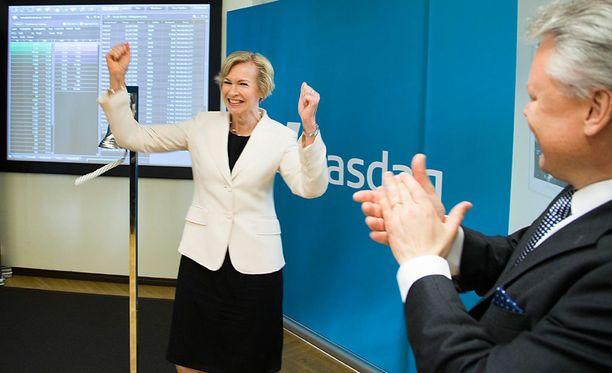 Leena Niemistö tuuletti kesäkuussa 2015, kun Pihlajalinna listautui pörssiin. Yhtiö tuottaa yksityisiä sosiaali- ja terveydenhuoltopalveluita.