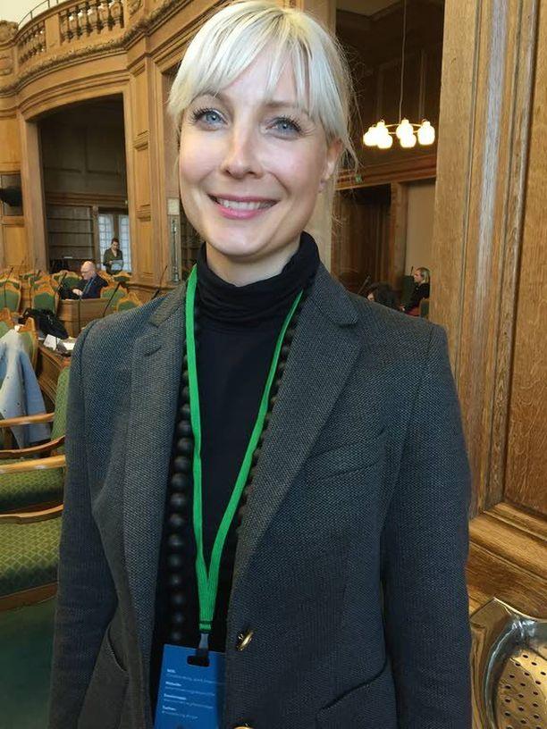 Kansanedustaja Laura Huhtasaaren (ps) mielestä sananvapauden pitää mennä uskonnonvapauden yli.