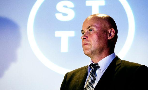 STTK:n Antti Palola ei halua paljastaa, miten paljon vanhuuseläkkeen alarajaa ollaan valmiita nostamaan.