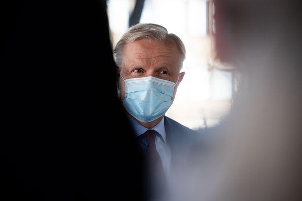 Kyselyn mukaan kansan suosikki seuraavaksi presidentiksi on Olli Rehn.