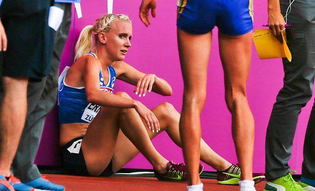 Sandra Eriksson epäonnistui pahasti 3000 metrin estejuoksun finaalissa.