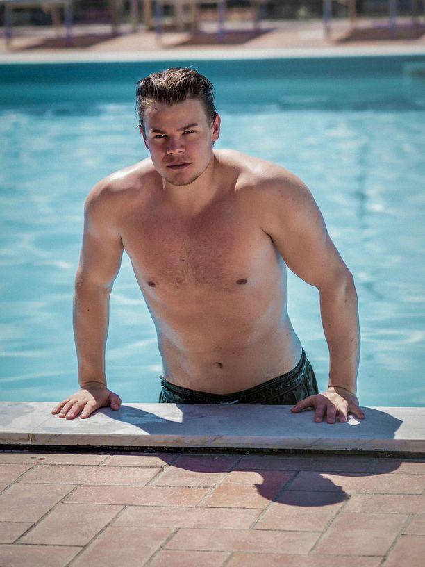 Rasmus Sarre, 24-vuotias Mr. Tunteellinen.