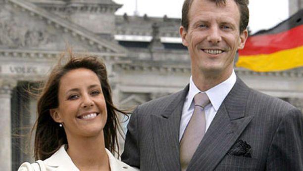 Prinssi Joachim ja prinsessa Marie ovat olleet naimisissa vuodesta 2008. Kuvassa he ovat vierailulla Saksassa. Avioliitto on prinssi Joachimin toinen.