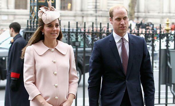 Herttuatar Catherinen lähisukulainen uskoo, että pari tulee hankkimaan vielä ainakin kolmannen lapsen.