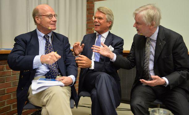 Björn Wahlroos ja Erkki Tuomioja olivat samaa mieltä keskustelutilaisuudessa useista asioista. Myös Kimmo Sasi osallistui keskusteluun.