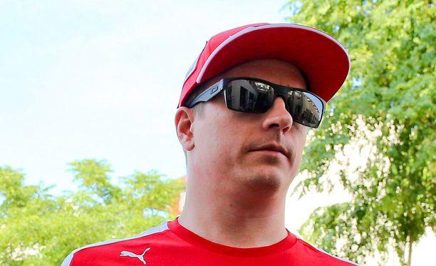 Kimi Räikkönen sai Daily Maililta heikot arviot.