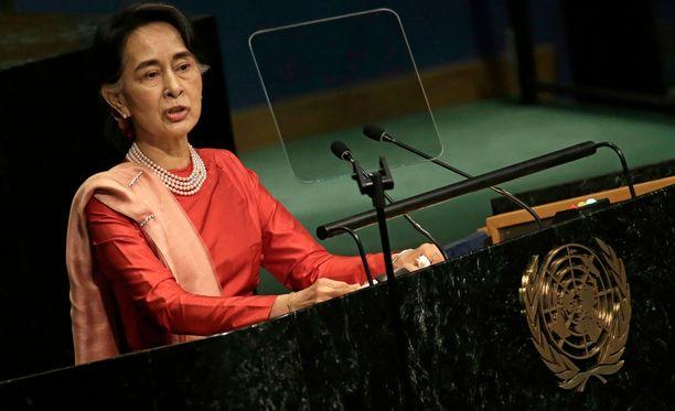 Aung San Suu Kyi on tähän asti vaiennut maassaan tehtävstä etnisestä puhdistuksesta.