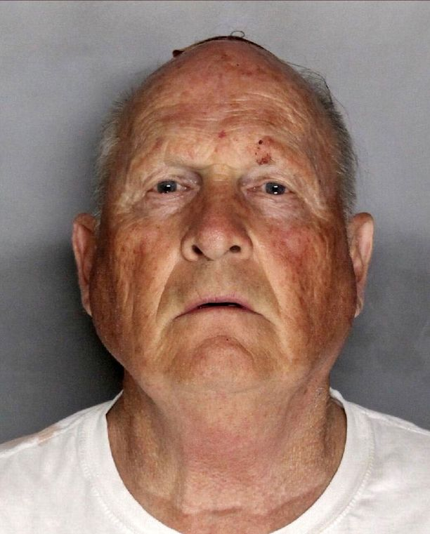 Joseph James DeAngelo, 72, on elänyt Sacramentossa vuosikymmeniä. Samalla alueella hänen epäillään tehneen rikoksensa vuosina 1976-86.