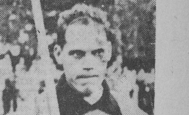 Soini Nikkinen, vahvan keihäänheittäjäjoukkomme kärkimies, Aamulehdessä kuvailtiin 1953.