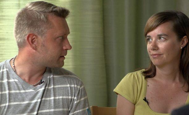 Jussi ja Pia päättivät erota viiden viikon koeavioliiton jälkeen.