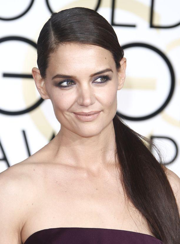 Näyttelijä Katie Holmes on leikitellyt pidennyksillä ja peruukeilla useammin kuin arvaisi.