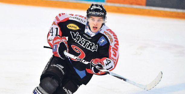 Antti Pihlström lupaa Pavel Rosalle ja Tuomas Tarkille painetta.