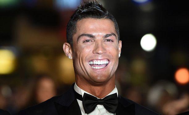 Cristiano Ronaldo on tehnyt tällä kaudella 16 maalia, mutta katsomoon on piirtynyt kuva rooliinsa tyytymättömästä supertähdestä.