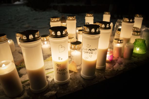 Arabianrannassa järjestettiin jouluna henkirikoksen uhriksi joutuneen pojan muistoksi muistotilaisuus.