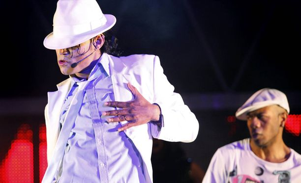 Michael Jackson käytti usein esiintyessään lierihattua.