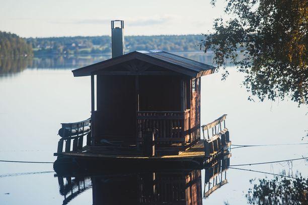 Saunomisen tärkeys suomalaisille hämmästyttää Tanskassa.
