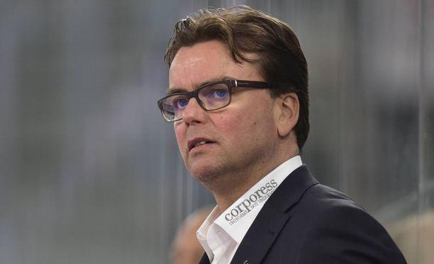 Pekka Tirkkonen sai kenkää Klotenista.