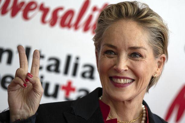 Sharon Stone teki läpimurtonsa elokuvassa Basic Instinct.