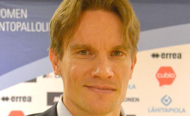 Valmentaja Tuomas Sammelvuo.