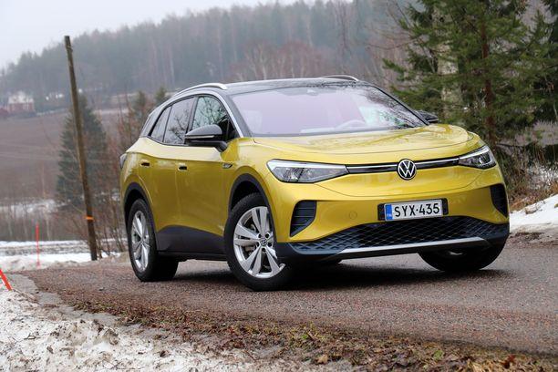 Volkswagenin uusi ID.4 sähköauto nousi kansainvälisen raadin silmissä Vuoden autoksi.