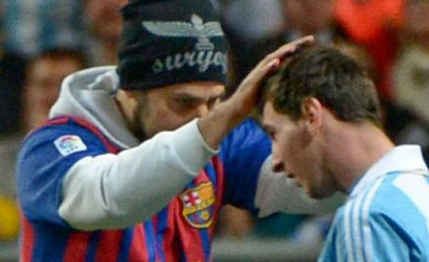Katsoja pääsi Leo Messin kimppuun.
