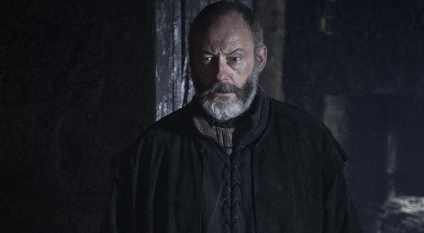 Ser Davos oli paikalla Jon Nietoksen noustessa kuolleista.