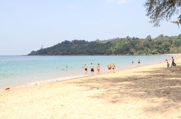 Tähän aikaan vuodesta Thaimaassa on monin paikoin suomalaisten näkökulmasta miellyttävän lämmintä ja kuivaa. Etenkin Phuketissa ja muualla Andamaanienmeren puolella sekä Etelä-Thaimassa tilanne voi olla kuitenkin toinen.