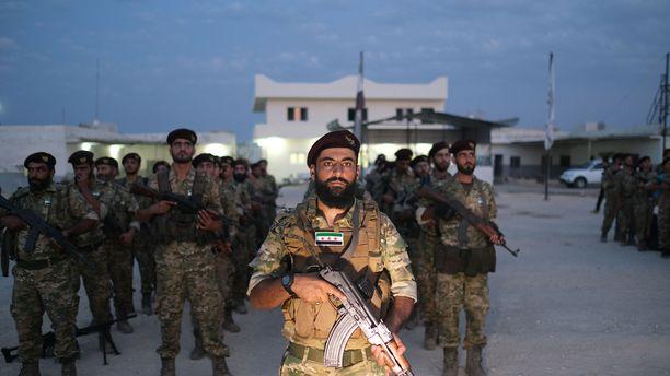 Myös Syyrian puolella rajaa valmistaudutaan taisteluun.