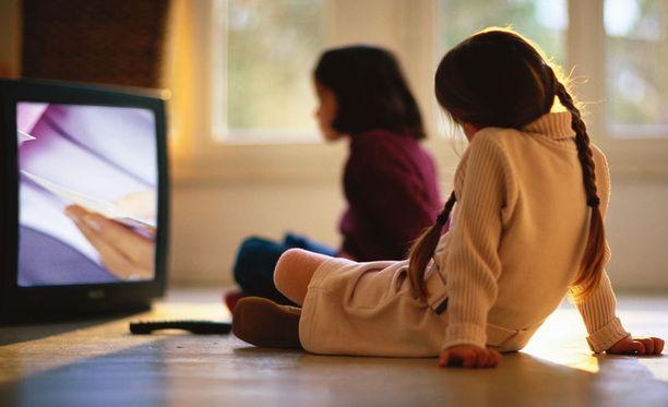 Olennaista tutkimuksen mukaan oli, kuinka usein lapsi nousi tietokoneen tai television äärestä jaloittelemaan ja puuhaamana muita asioita.