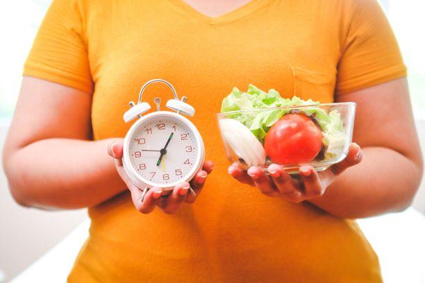 Omaan arkeen sopiva 10 tunnin aikaikkuna syömiselle oli tutkimuksen mukaan eduksi terveydelle.